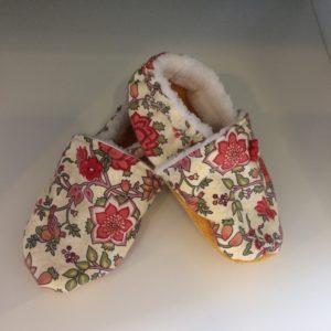 372c5893b0507 chaussons roses taille 25 - Artcaroline